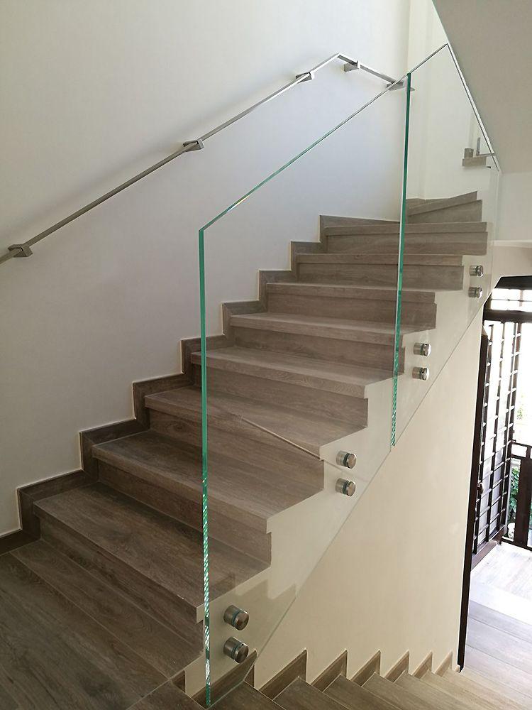 Preventivo corrimano inox 40x10 a parete linea moderna bologna - Corrimano in vetro per scale ...