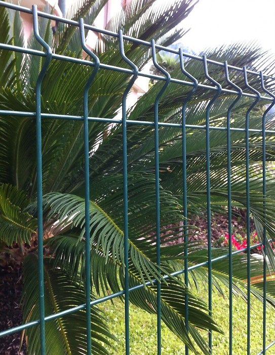 preventivo-pannelli-in-rete-metallica-zincata-e-plastificata-robusta-per-recinzione-bologna