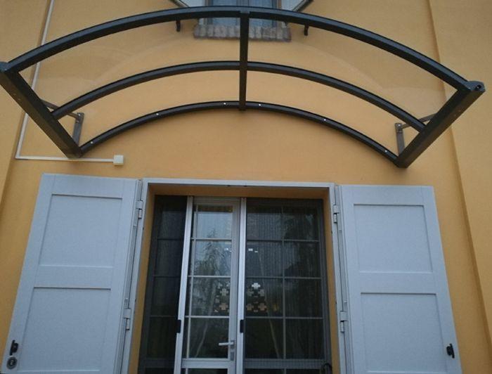 Pensilina in alluminio curvata ad arco bologna for Planimetrie per cabine ad arco