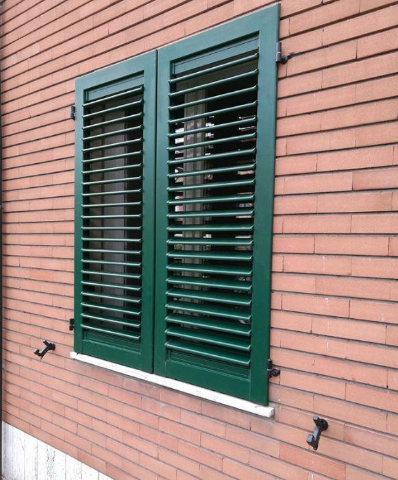 Accessori per persiane in alluminio - Maniglie per finestre alluminio ...