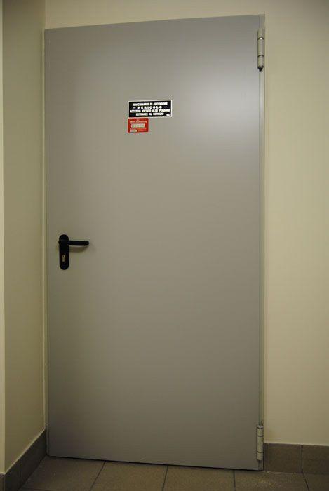 Porta tagliafuoco rei 120 1 anta con misure standard bologna - Misura porta standard ...