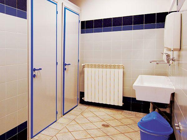 Preventivo porte interne in pvc per bagni palestre piscine - Porte per bagno ...