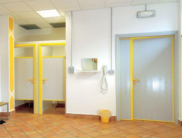 Preventivo porte interne in pvc per bagni palestre piscine - Porte per bagni ...