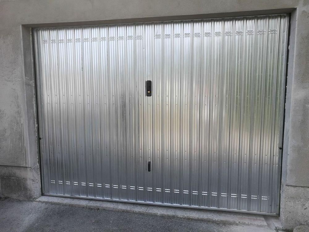 Preventivo porta basculante standard per garage bologna for Box garage lamiera