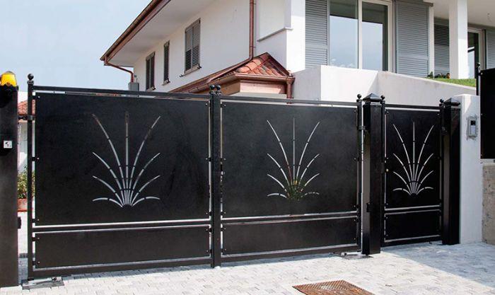 Preventivo cancello pedonale monoblocco con pannello for Disegni per cancelli