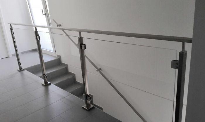 Preventivo corrimano inox 40x10 a parete linea moderna bologna - Corrimano per scale interne a muro ...