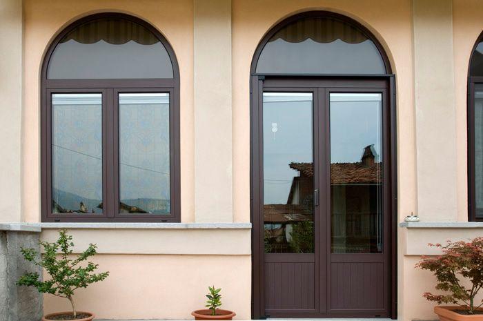 Preventivo portafinestra in alluminio taglio termico 3 for Preventivo finestre alluminio