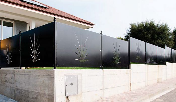 Preventivo recinzione in ferro battuto con pannello - Pannelli decorativi prezzi ...