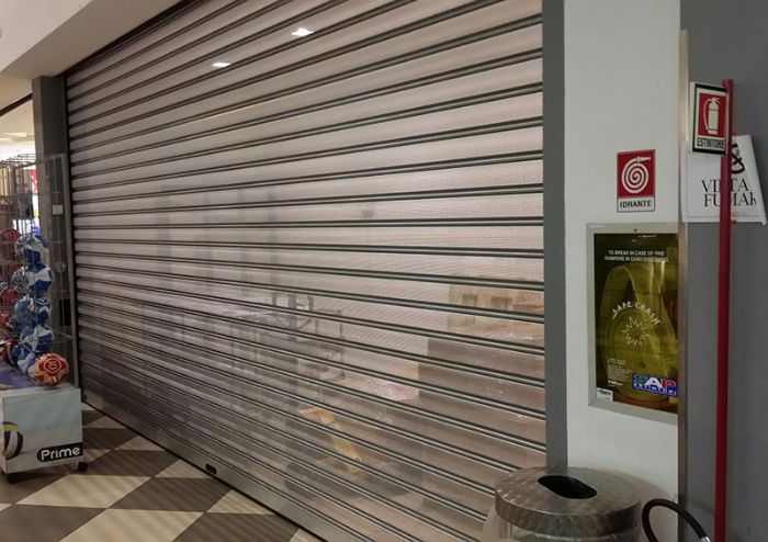 Serrande Avvolgibili Per Negozi Prezzi.Serranda Di Sicurezza Per Negozi E Garage Standard Bologna
