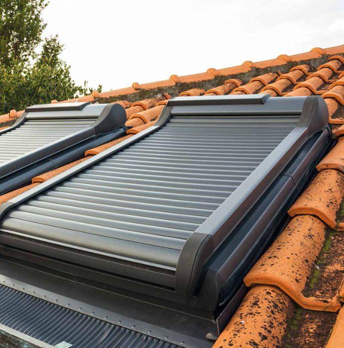 Tapparella per finestre da tetto con misure standard bologna for Finestre velux misure standard
